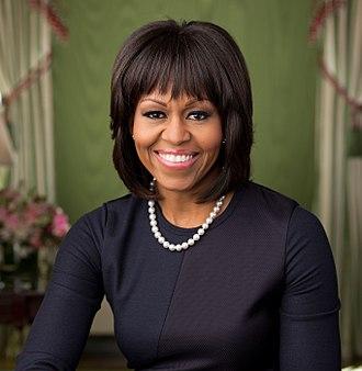 330px-Michelle_Obama_2013_official_portrait.jpg